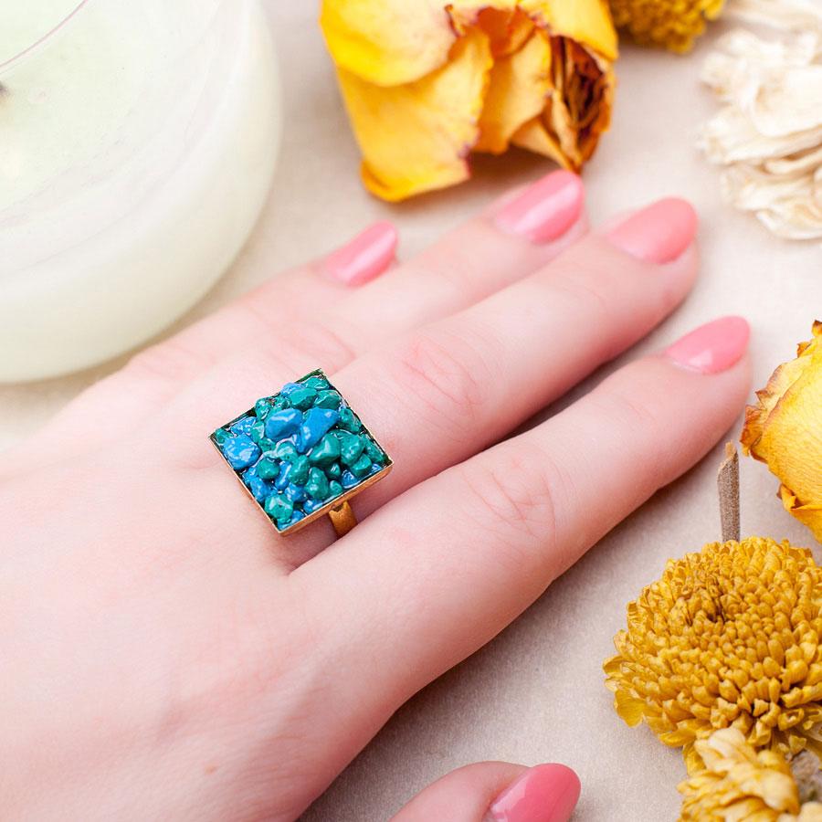 Золотое кольцо с бирюзой купить