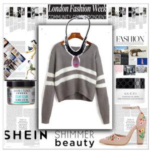 Вязаный свитер и украшения