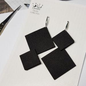 Купить серьги черные графичные