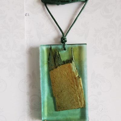 Купить Кулон из зеленой ювелирной смолы с с деревом, большой прямоугольник