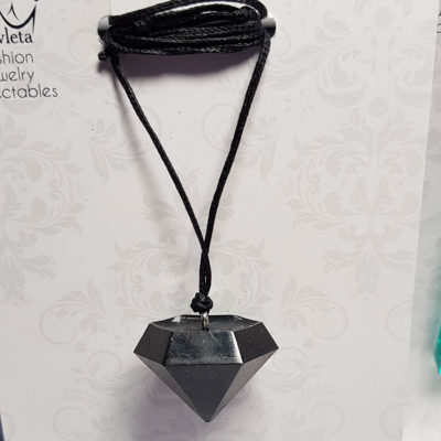 Купить Кулон из ювелирной смолы с черным дымом, черный крупный бриллиант