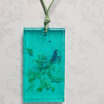 Купить Кулон из голубой ювелирной смолы с дымом, крупный прямоугольник